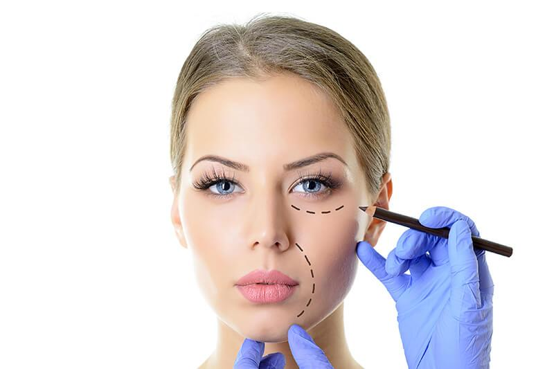 Schönheitsoperationen - aktuelle Trends, Zahlen und Fakten